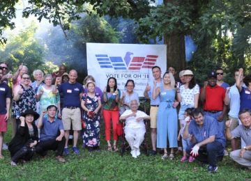Thomas Oh Hosts Cookout for Local Northern Virginians