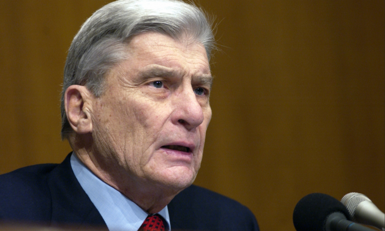Former Virginia Senator John Warner died earlier this week in his Alexandria home. He was 94.  Warner, a Republican, served five terms -- 30 years -- in the U.S. Senate. He was particularly known and respected for his expertise in military affairs. A veteran of both WWII and the Korean War, Warner joined the Navy in 1945 and the Marines five years later.