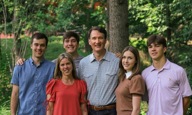 Join Glenn Youngkin, Winsome Sears, Jason Miyares, candidates for House of Delegates,, and other community leaders for food, live music, and entertainment as we kick off the election season: Fall Family Festival; Saturday, September 18, 2:00 PM - 4:00 PM; 20098 Ashbrook Place, Ashburn, Virginia 20147.