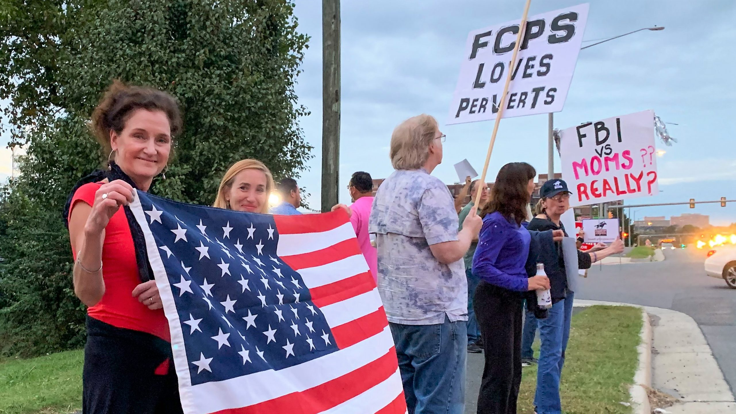 """Parents Rally to """"Eliminate Porn"""" from County Schools"""